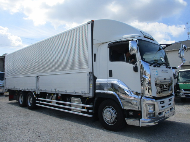 中古トラック 【動画】H28年 いすゞ 3軸ウイング 走行66万キロ 後輪エアサス